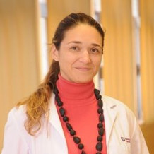 Dra. Silvia Echavarría Doussout